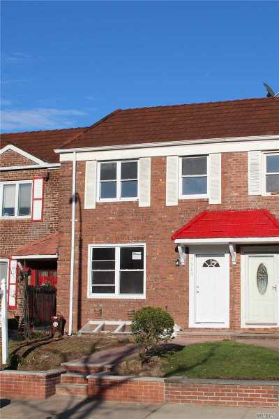 Fresh Meadows Single Family Home For Sale: 75-15 Utopia Pkwy