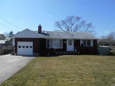 Deer Park Single Family Home For Sale: 242 W 2nd St