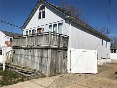 Island Park Single Family Home For Sale: 1040 Delaware Ave