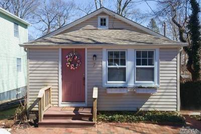 Sound Beach Single Family Home For Sale: 7 Yaphank Rd