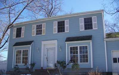 Stony Brook Single Family Home For Sale: 2 Brook Dr