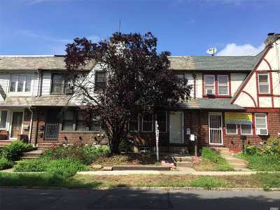 Forest Hills Single Family Home For Sale: 67-137 Burns