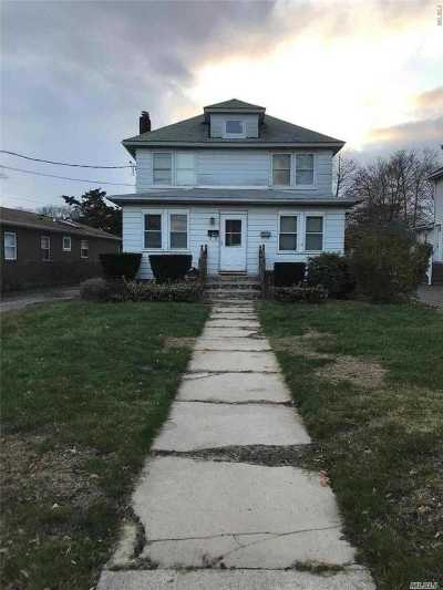 Patchogue Multi Family Home For Sale: 304 S Ocean Ave