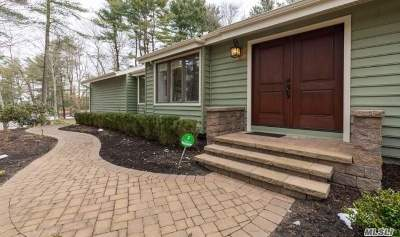 Smithtown Single Family Home For Sale: 8 Three Pond Rd