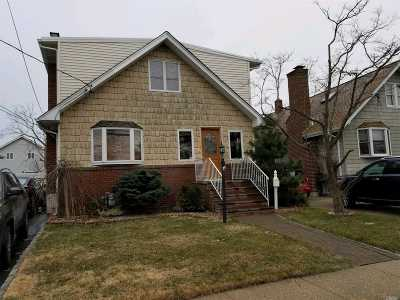 Baldwin Single Family Home For Sale: 848 Hastings St