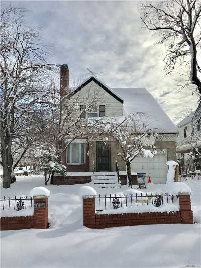Fresh Meadows Single Family Home For Sale: 76-03 174th St