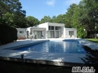 Quogue Single Family Home For Sale: 9 Deerfield Way