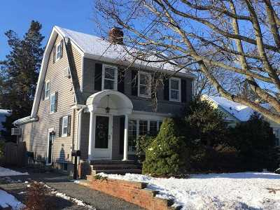 Syosset Single Family Home For Sale: 9 Dawes Ave
