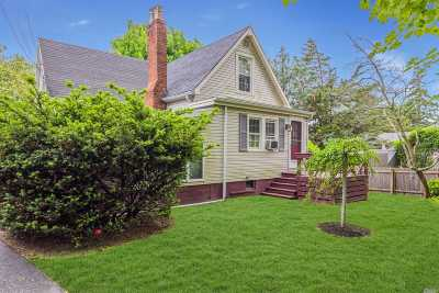 Southampton NY Single Family Home For Sale: $729,000