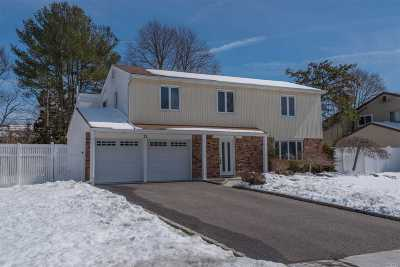 Nesconset Single Family Home For Sale: 11 Lloyd Ln