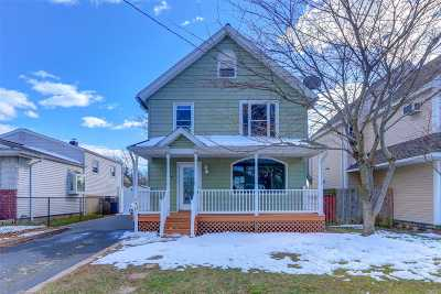 Babylon Single Family Home For Sale: 20 Walbridge Ave