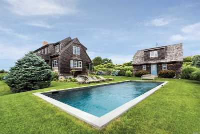 Montauk Single Family Home For Sale: 2 Homeward Ln