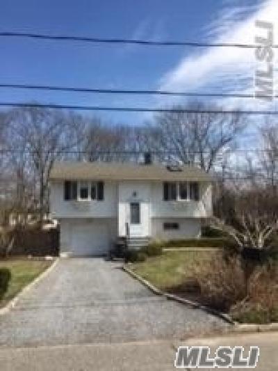 S. Setauket Single Family Home For Sale: 3 Antler Ln