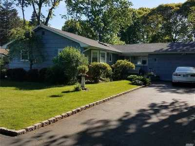 Bohemia Single Family Home For Sale: 1313 Ocean Ave