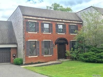 Bay Shore Condo/Townhouse For Sale: 143 Anchor Lane