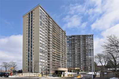 Bayside Condo/Townhouse For Sale: 2 Bay Club #15