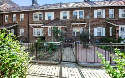 Jackson Heights Single Family Home For Sale: 34-44 88th St