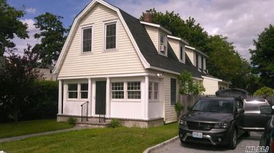 Patchogue Single Family Home For Sale: 35 Avery Ave