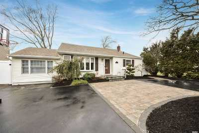 Bellmore Single Family Home For Sale: 2294 Hynes Pl