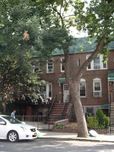 Brooklyn Multi Family Home For Sale: 687 E 42nd St