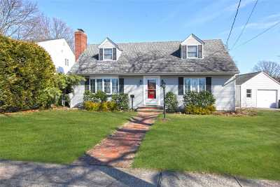 Single Family Home For Sale: 286 Little Whaleneck Rd