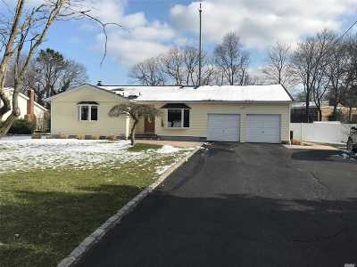Lake Grove Single Family Home For Sale: 39 Patricia Ln