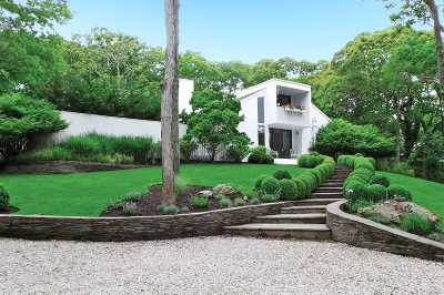 East Hampton Single Family Home For Sale: 13 Wigwam View Ln