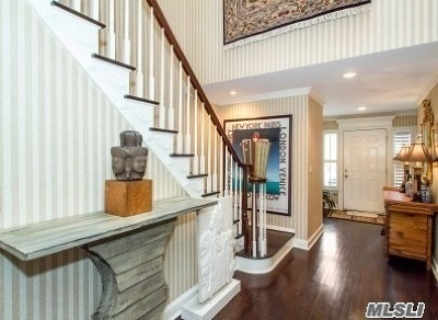 Jericho Condo/Townhouse For Sale: 71 Hunt Dr