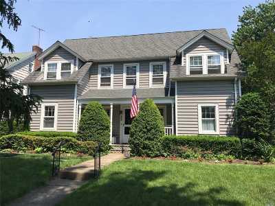 Garden City Single Family Home For Sale: 205 Nassau Blvd.
