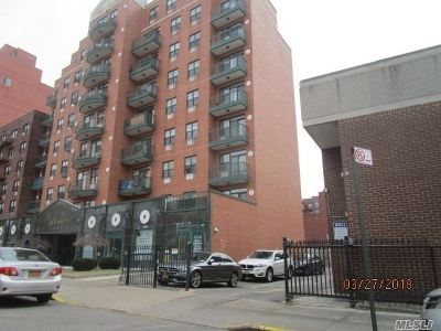 Flushing Condo/Townhouse For Sale: 142-18 38th Ave