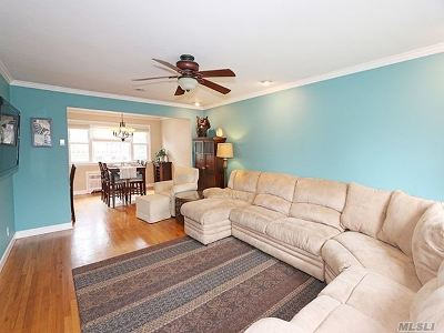 Single Family Home For Sale: 2340 Central Blvd