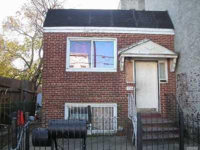 Brooklyn Multi Family Home For Sale: 134 Glen St