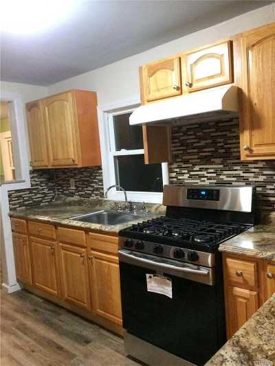 Huntington Single Family Home For Sale: 64 4th Ave
