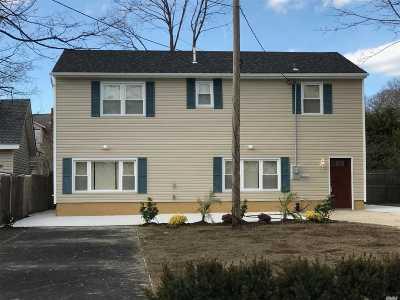 Freeport Single Family Home For Sale: 55 Stevens St