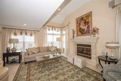 Port Jefferson NY Condo/Townhouse For Sale: $784,900
