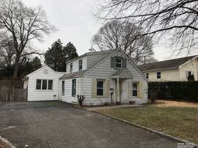 Baldwin Single Family Home For Sale: 2121 Maple St