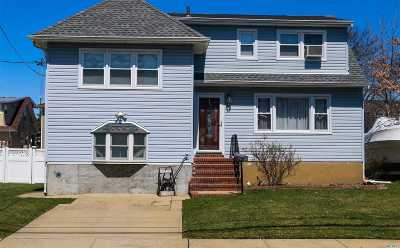 Freeport Single Family Home For Sale: 24 W Second St