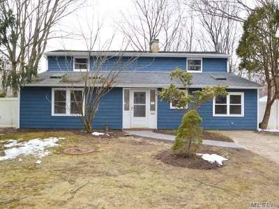S. Setauket Single Family Home For Sale: 8 Cub Rd