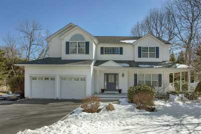 Kings Park Single Family Home For Sale: 11 Ginger Bread Rd