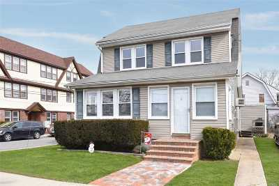 Woodmere Single Family Home For Sale: 28 Hartwell Pl