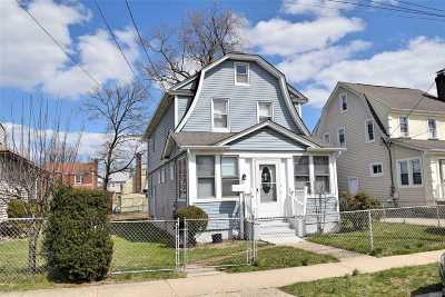 Hempstead NY Single Family Home For Sale: $350,000