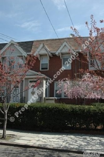 Woodhaven Single Family Home For Sale: 91-27 85 St