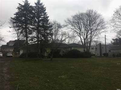 Lake Grove Single Family Home For Sale: 899 Hawkins Ave