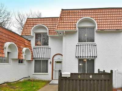 Medford Condo/Townhouse For Sale: 190 Blue Ridge Dr