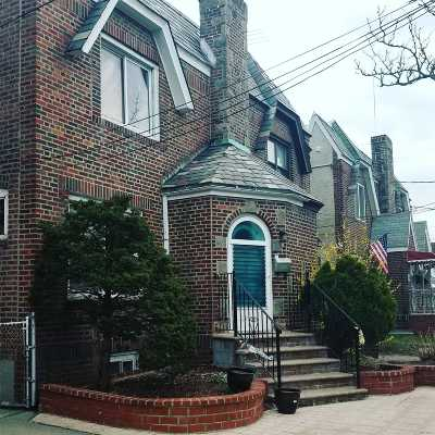 Forest Hills Single Family Home For Sale: 68-37 Alderton St