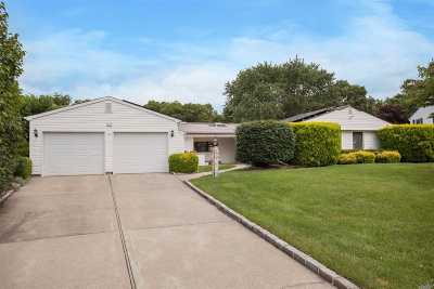 S. Setauket Single Family Home For Sale: 23 Royalston Ln