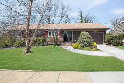Freeport Single Family Home For Sale: 344 Rose St