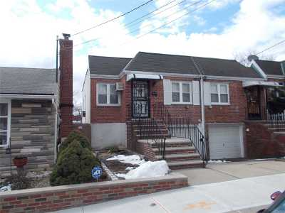 Middle Village Single Family Home For Sale: 7310 69 Ave
