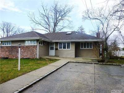 Woodmere Single Family Home For Sale: 506 Longacre Ave