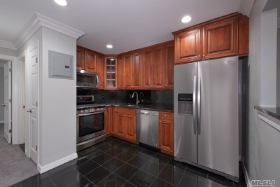 Coram Rental For Rent: 18 Rugby Pl #1804B